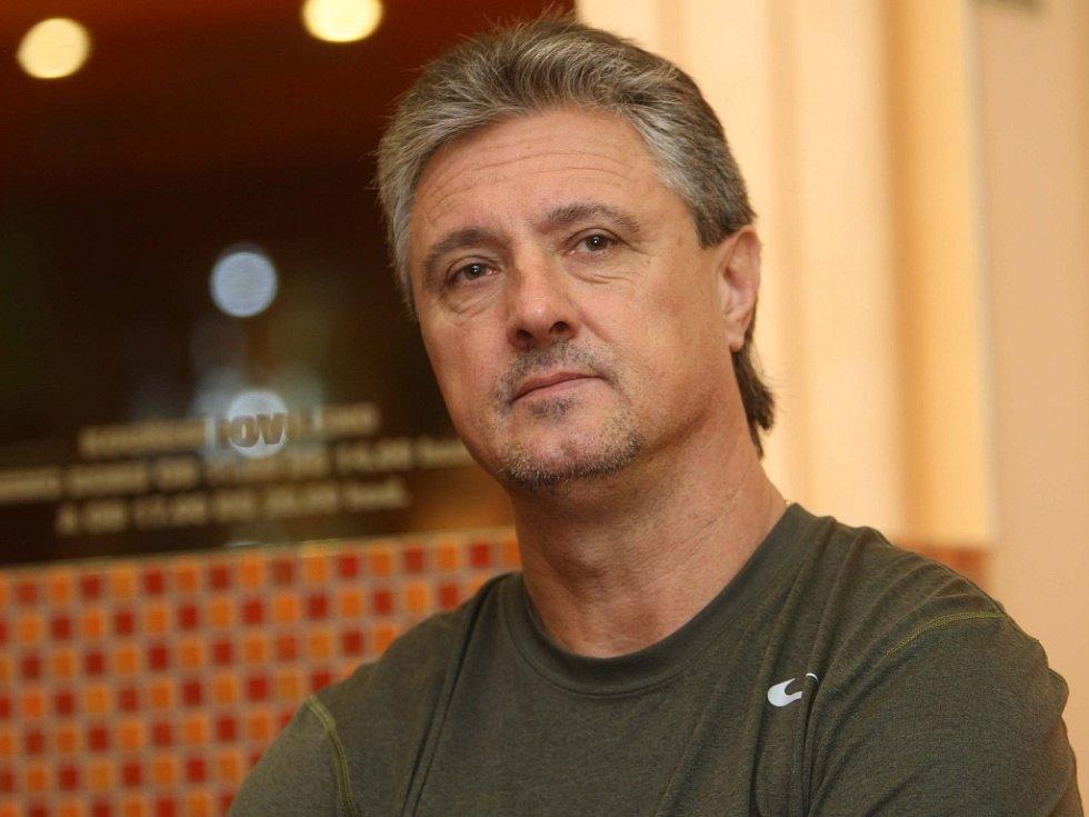 Kapitán daviscupového týmu Jaroslav Navrátil při online rozhovoru
