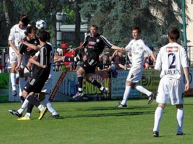 HFK Olomouc (v tmavém). Ilustrační foto