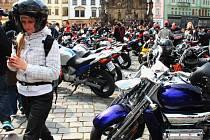 Jarní sraz motorkářů na Horním náměstí v Olomouci