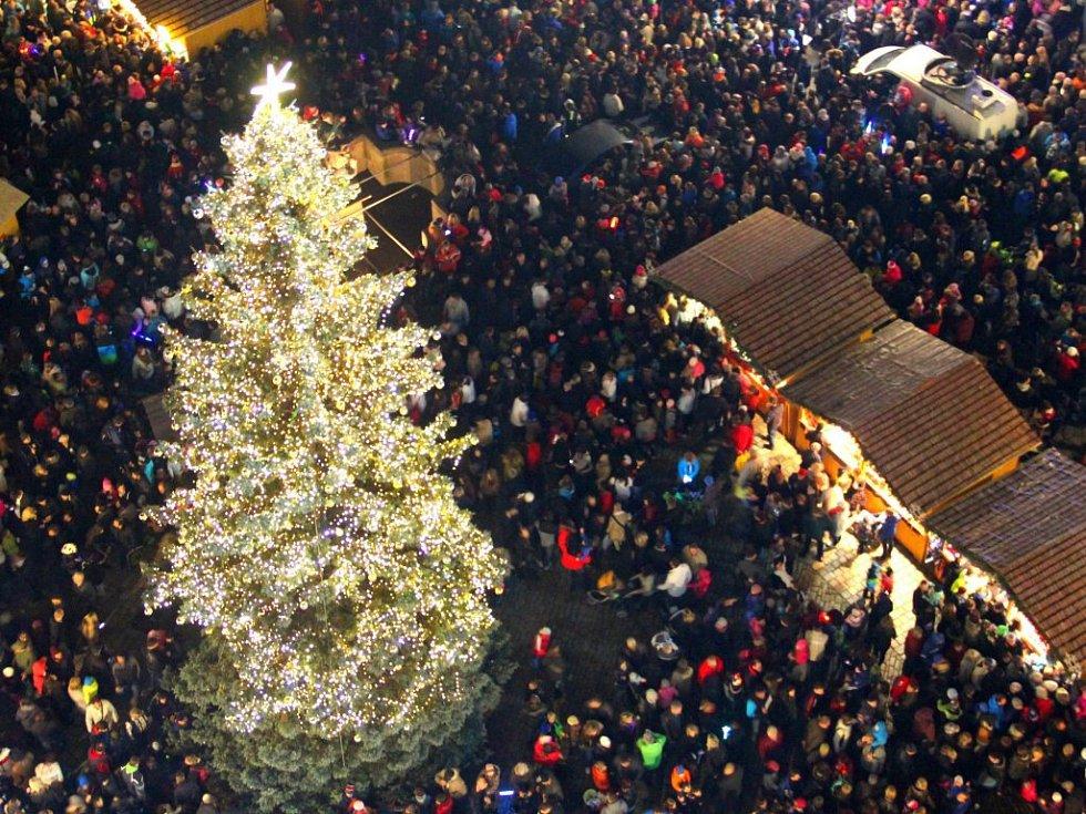 Rozsvícení vánočního stromu v Olomouci. 23. listopadu 2014