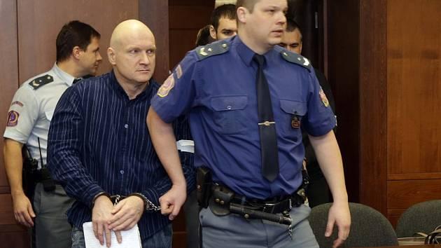"""Vrchní soud začal projednávat odvolání v kauze """"metanol"""" Rudolfa Fiana a Tomáše Křepely."""