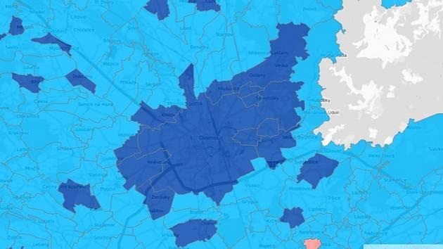 Vítězové voleb podle obcí na Olomoucku - tmavě modrá SPOLU, světle modrá ANO