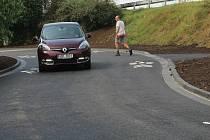 Nová silnice spojující Povel se Slavonínem už je hotová.