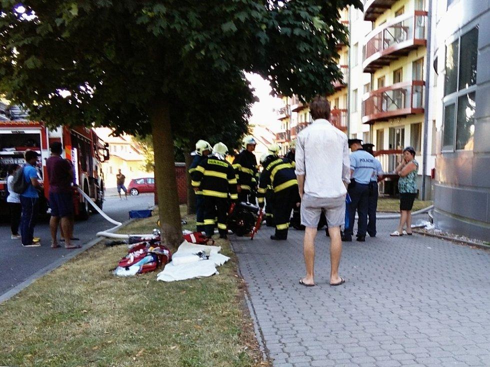 Požár na vysokoškolských kolejích v Olomouci-Neředíně