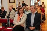 Předvolební 'Ďábelská debata' lídrů šesti stran pro komunální volby v Olomouci