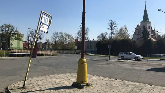 Autobusové stanoviště v Litovli.
