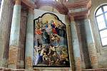 Instalace kopie oltářního obrazu v kostele ve Staré Vodě u Libavé