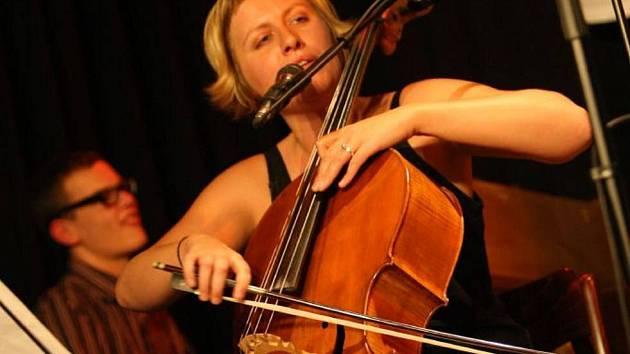Dorota Barová.