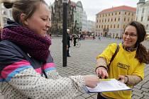 Pietní shromáždění v Olomouci s podpisovou akcí na podporu Ukrajiny