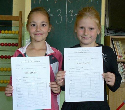 Předávání vysvědčení na základní škole vBohuňovicích