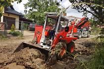 Hasiči v akci při likvidaci spouště po bleskových povodních - den pátý 12. 6. 2020