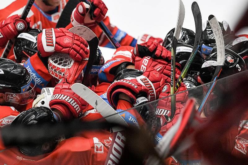 Utkání 1. kola hokejové extraligy: HC Olomouc - BK Mladá Boleslav, 10. září 2021 v Olomouci. Radost Olomouce.