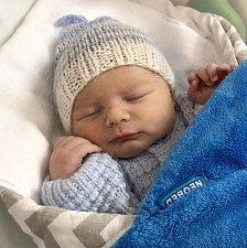 Antonín Koupil, Náklo narozen 30. října míra 50 cm, váha 3350 g