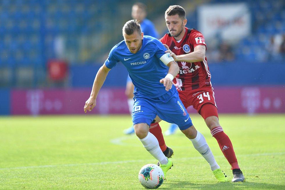 Slovan Liberec (v modrém) - Sigma Olomouc