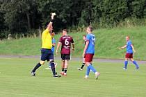 Fotbalisté Litovle (v červeném) porazili v krajském přeboru doma Želatovice 4:1.