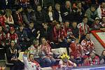 """Fanoušci v plné """"plechárně"""". Třetí čtvrtfinále Olomouc - Plzeň"""