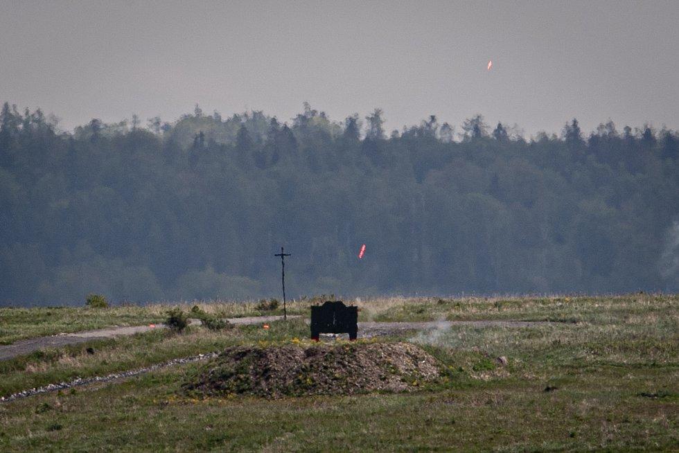 Terče na střelnici při mediálním dnu při testování bojových vozidel pěchoty (BVP) z tendru pro českou armádu ve vojenském prostoru Libavá, 27. května 2021.