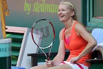 Jana Novotná na tenisové exhibici při Czech Open v Prostějově v roce 2011