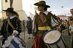 Průvod ke cti svaté Pavlíny zahájil Svátky města 2008