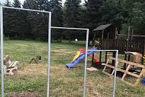 Na olomouckém přírodním koupališti Poděbrady vyrůstá nedaleko restaurace Terasa nové vyžití pro děti