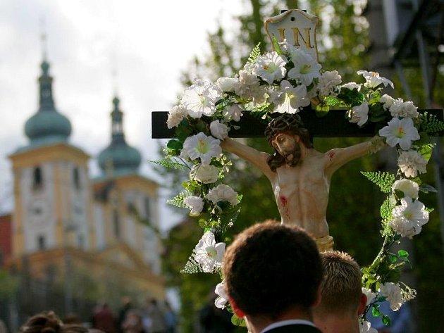 Hodové procesí na Sv. Kopeček. Ilustrační foto