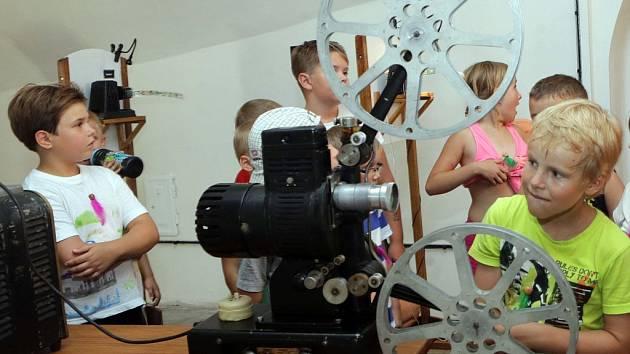 Interaktivní výstava o vývoji kinematografie na fortu v Křelově
