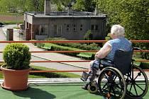 Pohled z terasy Domova důchodců ve Chválkovicích