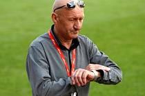 Trenér Jiří Navrátil.