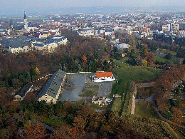 Areál Korunní pevnůstky vcentru Olomouce. Ilustrační foto