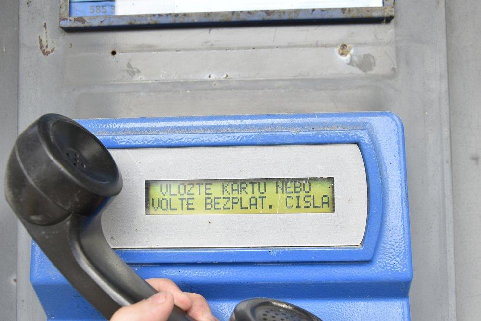 Telefonní budka ve Strukově se 152 obyvateli, 4. 6. 2020