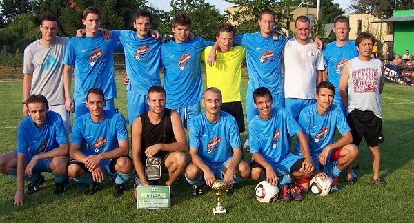 Vítězný tým Slavonína