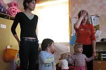Většinu mateřských center sdružuje občanské sdružení Síť mateřských center.