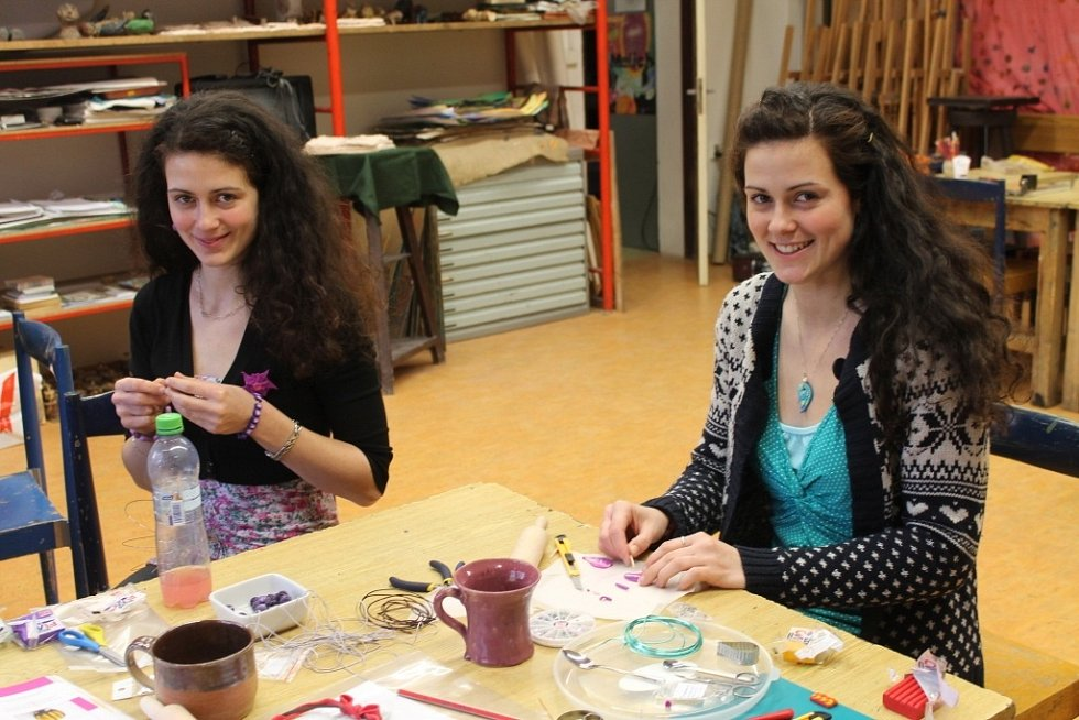 Kurz výroby šperků a doplňků z fima v Domě dětí a mládeže v Olomouci