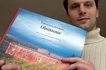 Kniha Táborová pevnost Olomouc a její autor Michael Viktořík
