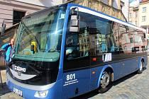 Elektrobus při ostrých testech v ulicích Olomouce