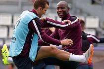 Trénink anglické reprezentace na Andrově stadionu před rozhodujícím zápasem s Itálií
