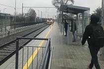 Bohuňovice. Modernizovaná železniční trať Olomouc - Šternberk v prosinci 2021