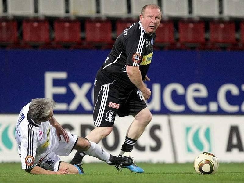 Vladislav Lauda se řítí do šance
