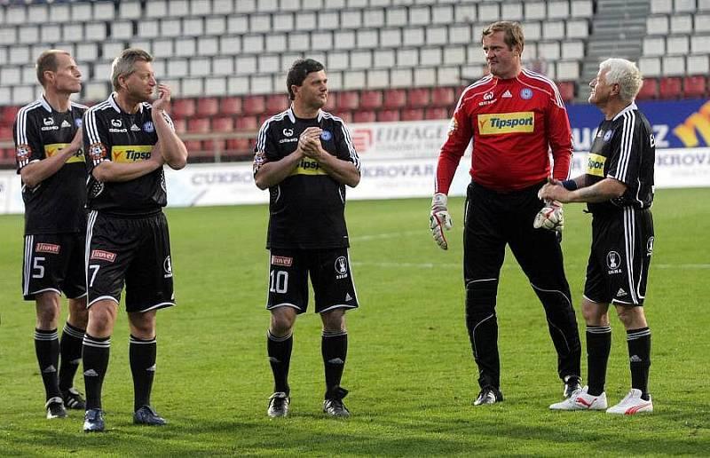 Zleva: Mrázek, Čížek, Sedláček a gólman Bubeník