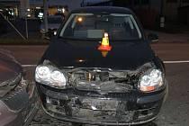 Nehoda skončila zraněním