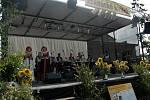 Dechové kapely, národopisné soubory i mažoretky se představily divákům a příznivcům dechové hudby ve Věrovanech na Olomoucku.