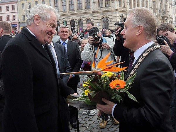 Prezident Zeman vPřerově. Přivítání primátorem Jiřím Lajtochem