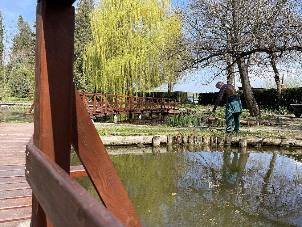 Arboretum Bílá Lhota, nejkrásnější zahrada Olomouckého kraje, otevřena od 1. května denně, kromě pondělí, 30. dubna 2021