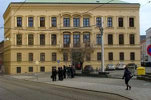 Knihovna města Olomouce na náměstí Republiky