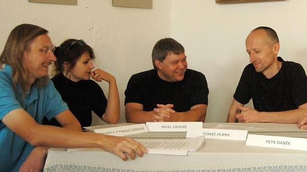 Zleva: David Helcel, Michaela Johnová Čapková, Pavel Grasse, Tomáš Pejpek