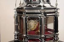 Barokní relikviář s ostatky patronky města Olomouc svaté Pavlíny