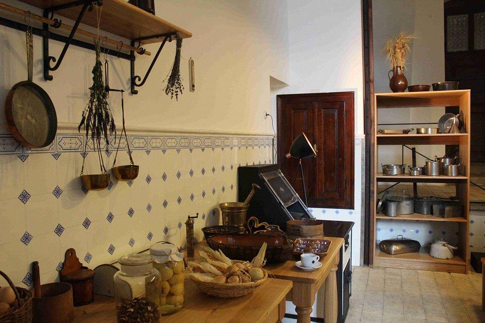 Šternberský hrad - Od kuchyně po půdu