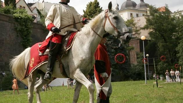 Svátky města: vojenské ležení v Michalském výpadu