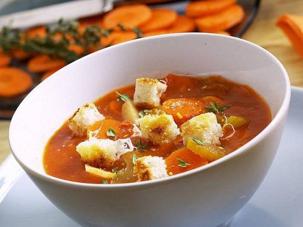 Celerová polévka ze Sardínie
