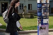 Reklamní kampaň před volbami do akademického senátu FF UP.